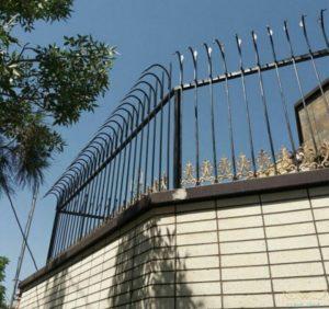 حفاظ آهنی دیوار