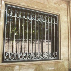 نرده آهنی پنجره