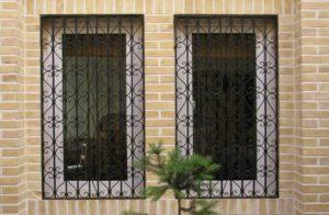 نرده حفاظ پنجره فرفورژه