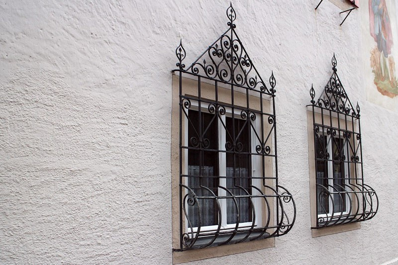 گارد حفاظ پنجره آهنی