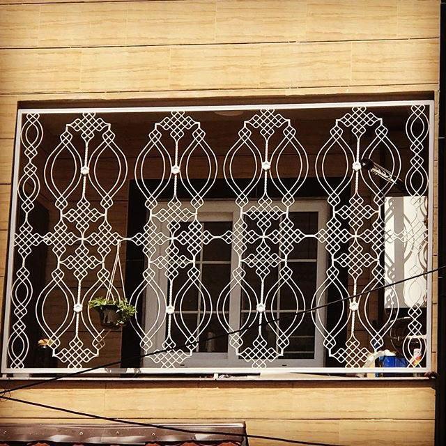 گارد محافظ پنجره