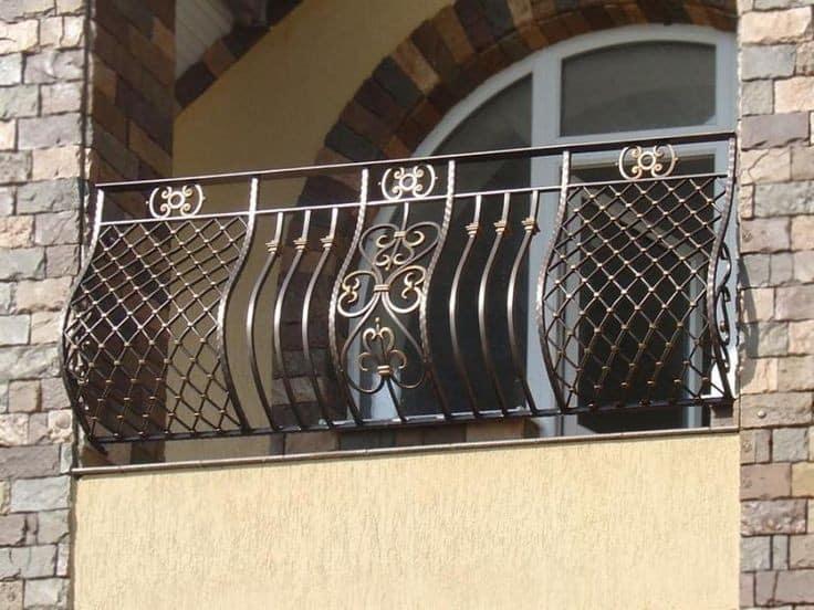 حفاظ بالکن و پنجره