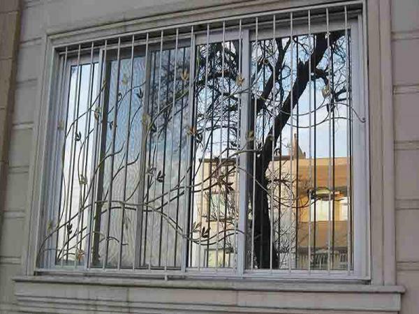 نرده حفاظ پنجره ساختمانی