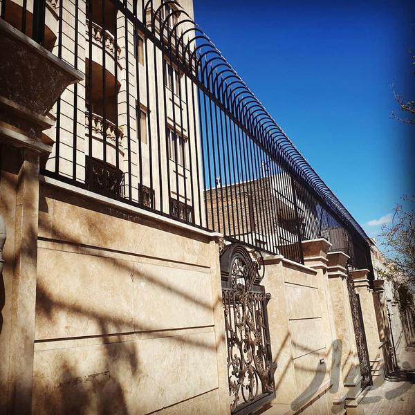 نرده خارپشتی دیوار