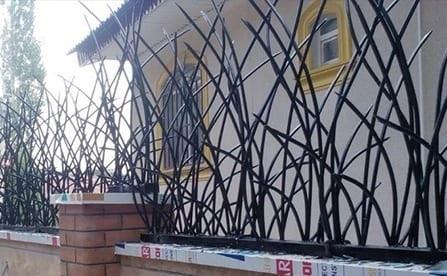 فنس دور دیوار در کرج