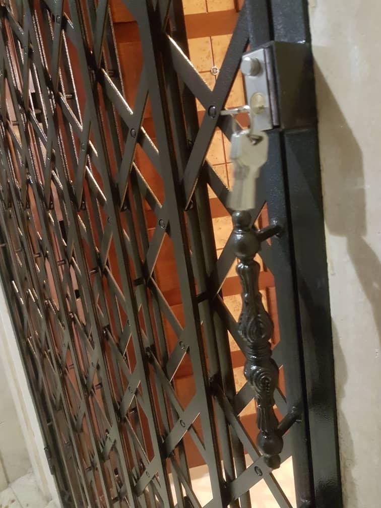 قفل مخفی درب آکاردئونی
