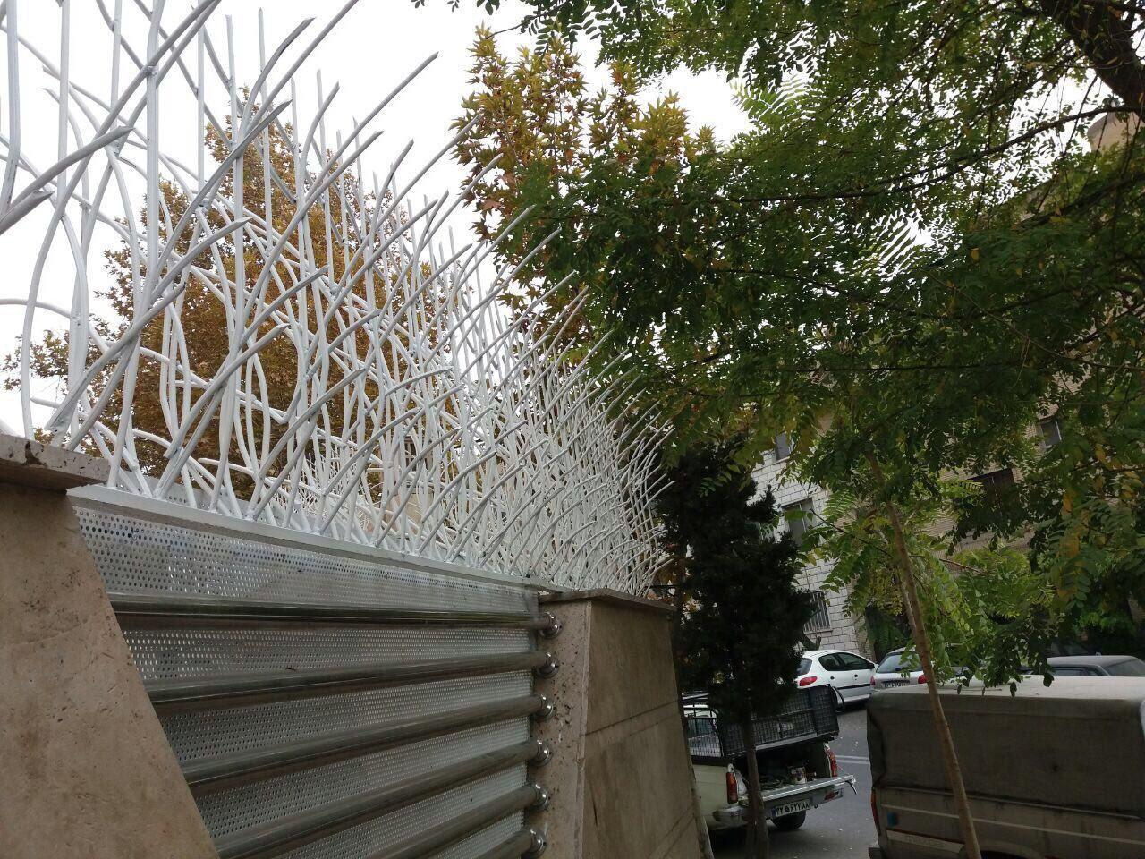 نرده دیواری حیاط