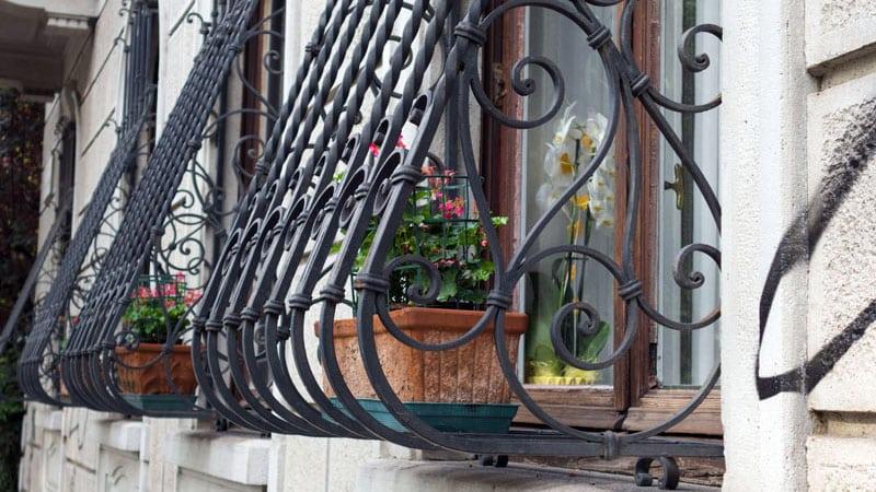 حفاظ پنجره ساختمان | قیمت انواع حفاظ پنجره ساختمانی