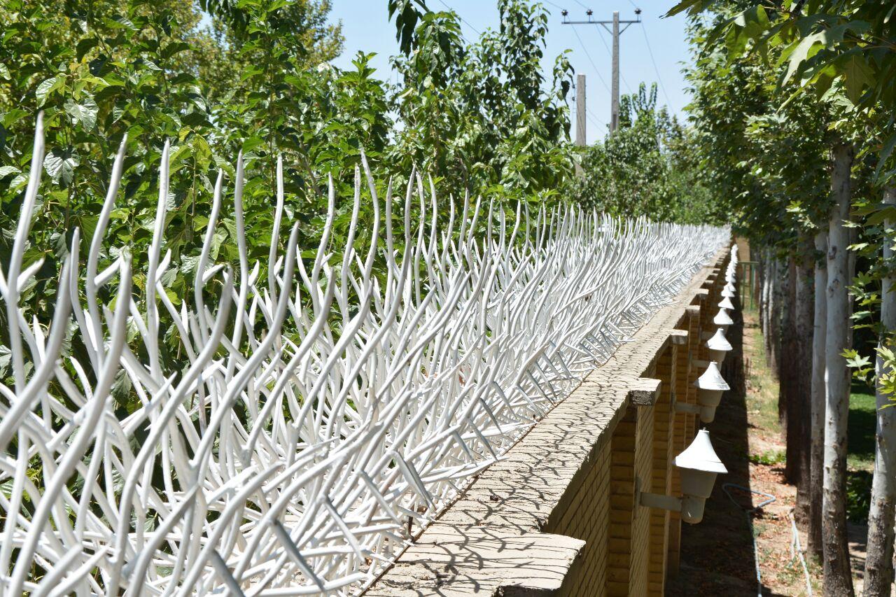 نرده حفاظ دیواری حیاط